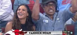 Yannick Noah à fond derrière les Bulls au United Center
