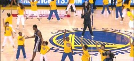 Tony Allen passe en plein milieu de la performance des Warriors Jr. Jam
