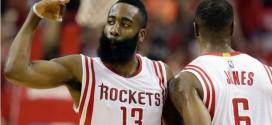 Les highlights de l'incroyable premier quart des Rockets: 45 points à 8/9 à trois points