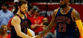 LeBron James prend la défense deMatthew Dellavedova