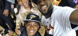 Le selfie familial de LeBron James