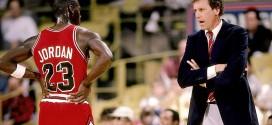 Il y a 26 ans Michael Jordan imposait lui aussi son système à son coach pour un shoot d'anthologie