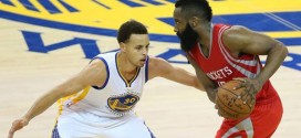 Les highlights de l'énorme duel Steph Curry (33 pts, 6 asts) – James Harden (38 pts, 10 rbds, 9 asts)