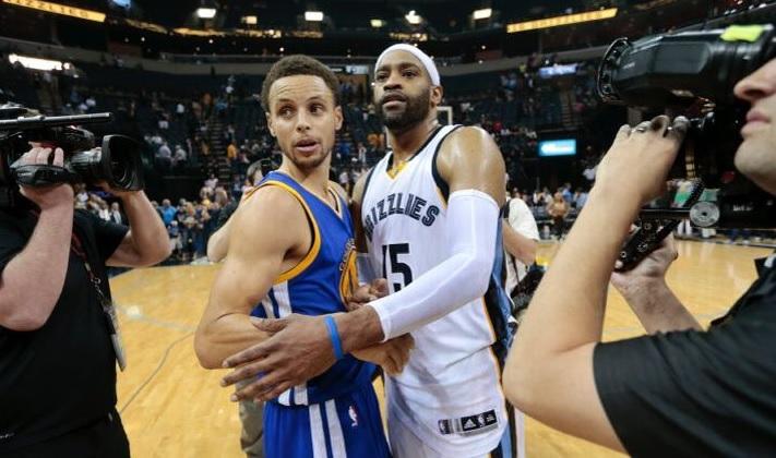 Stephen Curry et Vince Carter Warriors