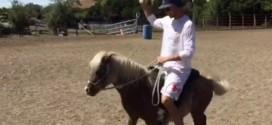 Quand Stephen Curry fait du poney