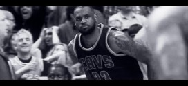 Vidéo: The World Is Watching – LeBron Silences Chicago