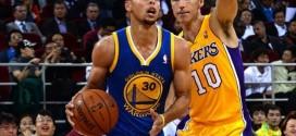 Les Warriors rendent hommage àMike D'Antoni, Steve Nash et aux Suns