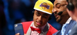 Les Lakers incluraientsans hésitation D'Angelo Russell dans un transfert pour DeMarcus Cousins