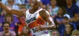 Il y a 22 ans Charles Barkley sortait 44 points et 24 rebonds pour mener les Suns en finales