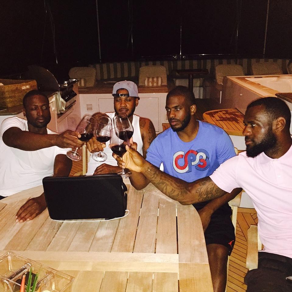 LeBron James, Carmelo Anthony, Dwyane WadeetChris Paul passent leurs vacances ensemble