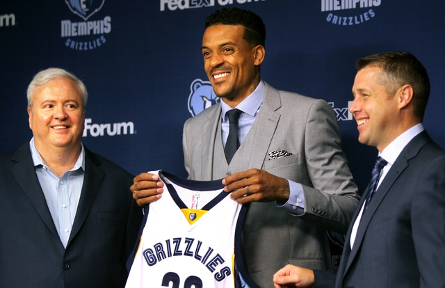 Jul 28, 2015 - Matt Barnes presents his jersey during his introductory press conference to the Memphis media.  (Nikki Boertman/The Commercial Appeal)