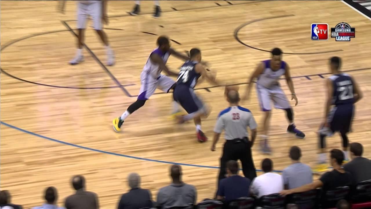 Les deux jolis dunks de JP Tokoto et Jared Cunningham