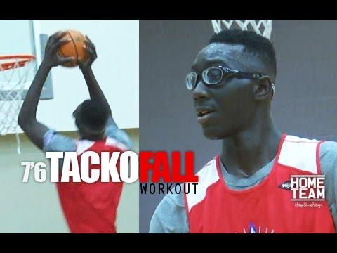 Vidéo: des images d'un workout de Tacko Fall (2m29)
