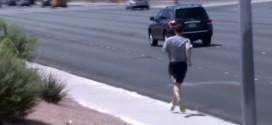Insolite! Ses joueurs dans le bus, Brad Stevens rentre à l'hôtel en courant à Las Vegas