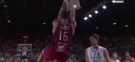 Rudy Gobert sort un gros contre sur Dirk Nowitzki et un dunk arrière