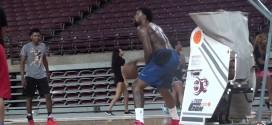 Vidéo: DeAndre Jordan travaille son jeu offensif