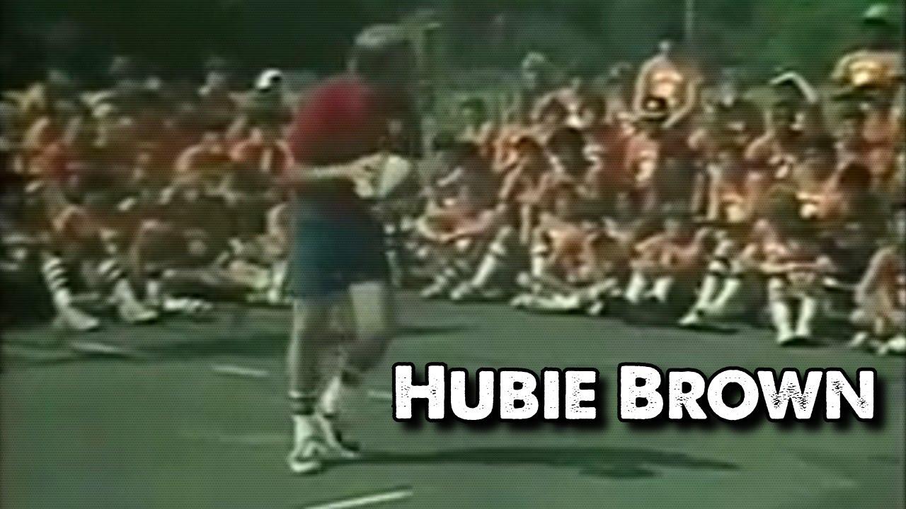 Vidéo : un jeune Hubie Brown distille ses conseils de passes