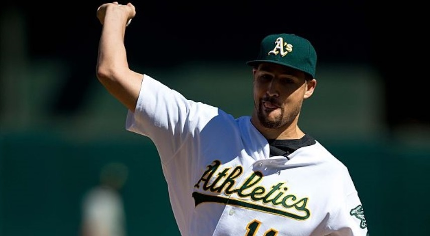 klay thompson first pitch