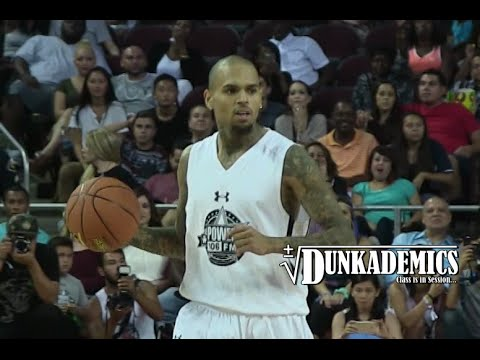 Vidéo: Chris Brown plante 30 points lors du Power106 Game