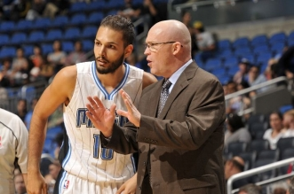Evan Fournier et Scott SKiles