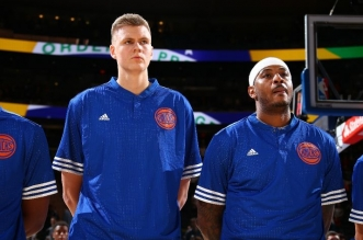 Kristaps Porzingis #6 of the New York Knicks and Carmelo Anthony #7