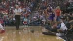 Oups: un arbitre tombe à cause d'un caméraman