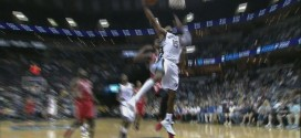 Oups! Vince Carter rate son dunk