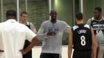 Vidéo : Kevin Garnett équipé d'un micro durant l'entraînement des Wolves
