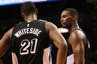 Hassan Whiteside et Chris Bosh