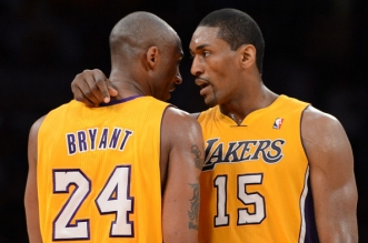 Metta World Peace et KObe Bryant