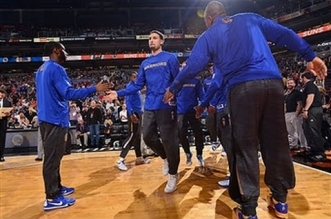 Vidéo: un record de franchise et NBA de trois points pour les Warriors