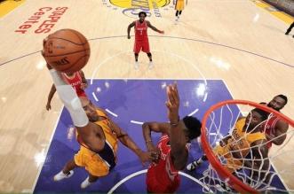 Kobe Bryant poster dunk Clin Capela