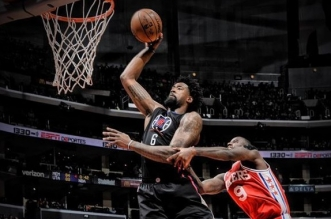 DeAndre Jordan Clippers dunk