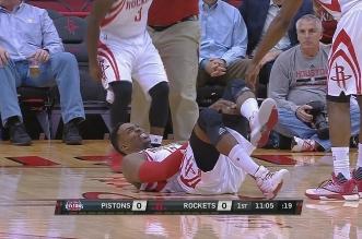 Les images de la blessure de Dwight Howard après moins d'une minute de jeu