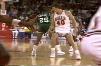 Vintage: les 39 points en seconde mi-temps de Michael Jordan face aux Bucks