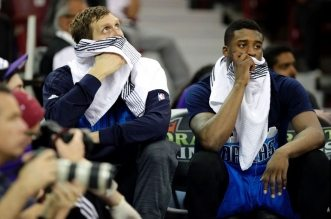 Dirk Nowitzki et Wesley Matthews