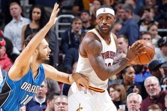 LeBron James et Evan Fournier