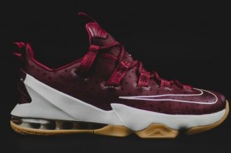 lebron-13-low-red-white-gum-09_s3bgdi