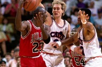 michael-jordan-against-cavs-1