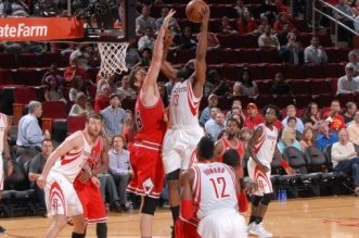 James HArden dunk