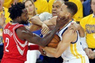 Patrick Beverley et Stephen Curry Warriors Rocketsz