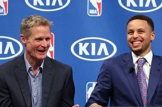 Stephen Curry et steve kerr