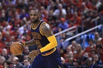 LeBron James devient le 3ème meilleur passeur de l'histoire des playoffs