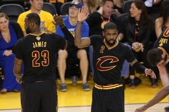 LeBron James et Kyrie Irving cavaliers