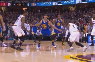 kyrie irving cavaliers et Stephen Curry