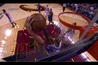 LeBron James met un gros contre à Stephen Curry après le coup de sifflet