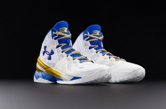 under-armour-curry-two-gold-rings-lede_x2kmla