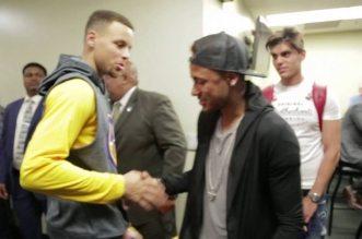 Vidéo: Neymar à la rencontre des Warriors après le match 2
