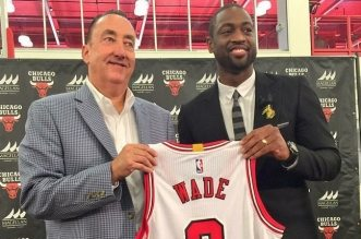 Dwyane Wade Chicago Bulls 2