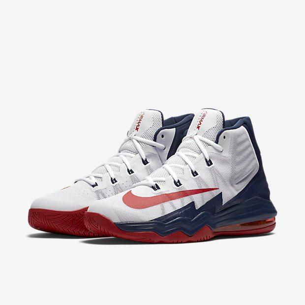 """Voici les Nike Air Max Audacity 2016 """"USA"""" qui auraient dû être portées par  Anthony Davis à Rio. Elles sont déjà disponibles à la vente"""